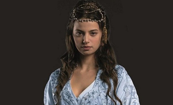 Лейла Танлар в сериале Мехмед – завоеватель мира. Фатих