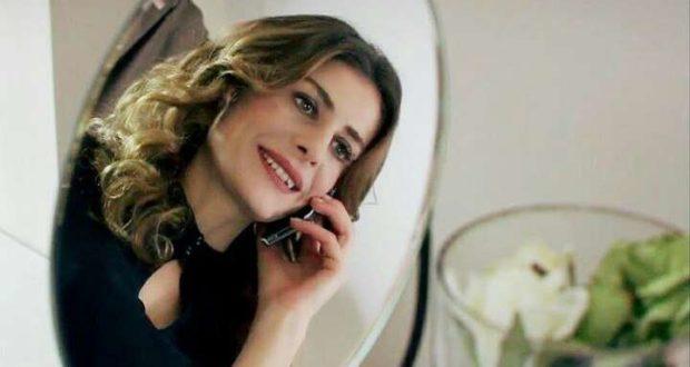 Турецька актриса серіалів Ебру Озкан