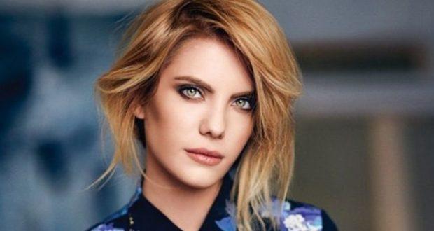 Турецька популярна актриса Еда Едже