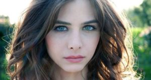 Эзги Асароглу турецкая актриса