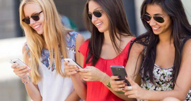 Как девушке подобрать смартфон